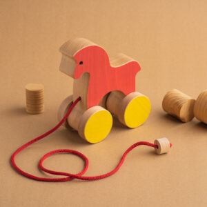 Das Pferd umweltfreundliches Holz-Spiel-Zeug zum Ziehen1