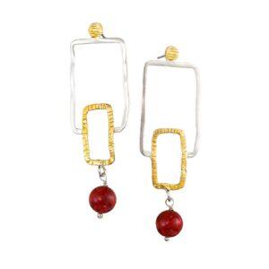 Geometrische Hängeohrringe  mit Rubin-Perle, Schmuck aus Griechenland