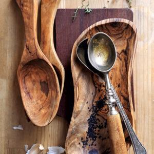 Artikel aus Olivenholz & Küchenutensilien